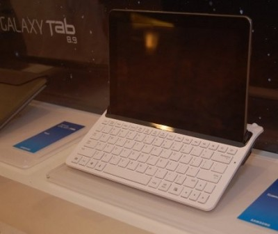 galaxy tab 8.9 teclado dock
