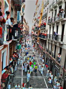 Encierro San Fermin de Pamplona en Balcon Estafeta