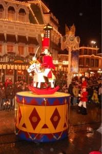 foto Reyes Magos en Disneyland Resort París Eurodisney navidades