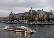 paseo barco rio sena paris